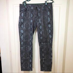 Seven7 Dark Python Print Skinny Jeans Sz 31
